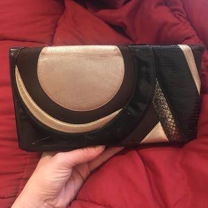 VTG. Judith Leiber Brown Leather Snakeskin Clutch!